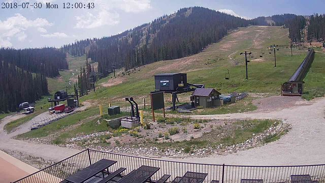view from 3 - Caterpillar Cam on 2018-07-30